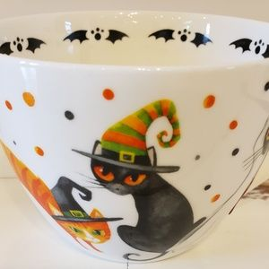 Coffee or tea mug, Halloween theme